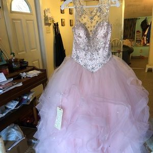 Sweet XV dress